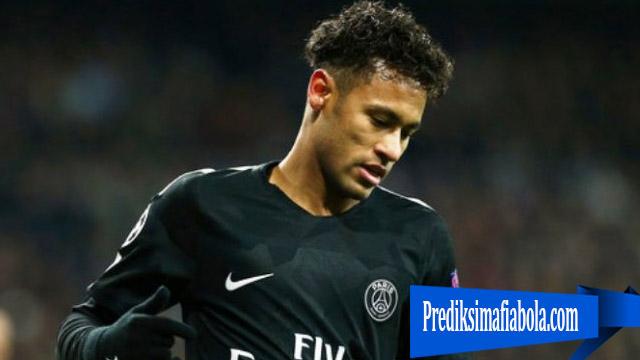 Neymar Pukul Penonton