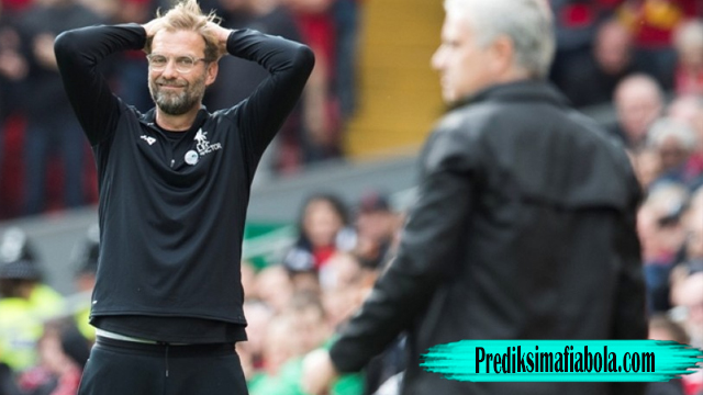 Pelatih MU Dan Liverpool Saling Mengkritik
