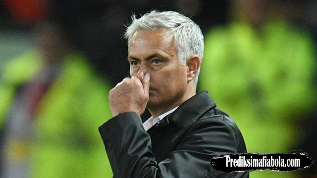 Penyebab Manchester United Melemah Versi Jose Mourinho