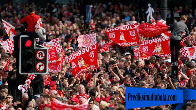 Prilaku Mulia Suporter Tottenham Terhadap Liverpool