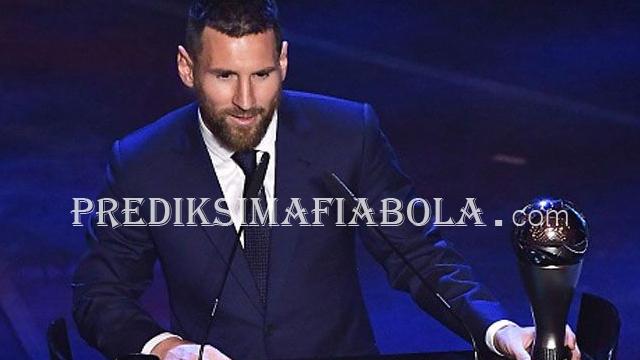 Lionel Messi Dinobatkan Jadi Pemain Terbaik Namun